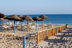 Tunesischer Strand am Morgen ohne Leute Stockfotografie