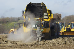 tung huvlastbil för förrådsplats upp Fotografering för Bildbyråer