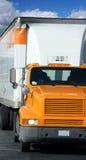 tung lastbil Fotografering för Bildbyråer