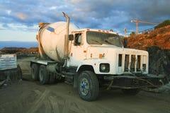 tung lastbil Arkivbilder