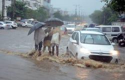 Tung nederbörd i Bhopal Arkivbilder