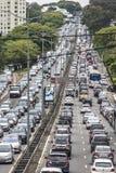tung trafik arkivfoton