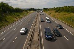 Tung trafik på motorwayen M1 Royaltyfria Foton