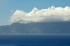 Tunga Cloudscape över mitt av Brava Royaltyfri Foto