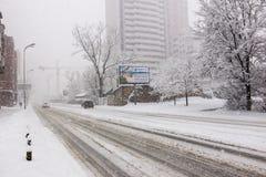 Tunga insnöade Kiev, Ukraina, Februari 5, 2015 Royaltyfri Fotografi