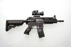 tungt använt militärt gevär m16 royaltyfria foton