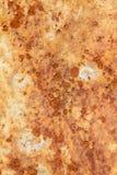 Tungt korrugerad r?daktig textur f?r metallplatta royaltyfri fotografi