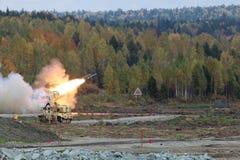 Tungt system för flammaThrower Royaltyfri Fotografi