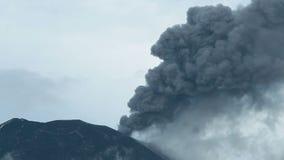 Tungurahua-Explosion stock footage