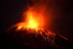 Tungurahua Volcano Powerful Night Eruption fotografie stock