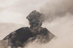 Tungurahua Volcano Telephoto Sunset Shot Fotografia Stock