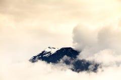 Tungurahua wulkan Zakrywający lodem Zdjęcia Stock