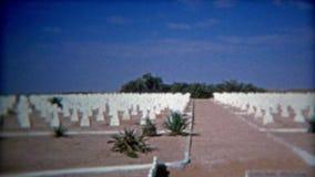 TUNIS, TUNISIE 1972 : Cimetière militaire allemand en EL M Dou Tunisia banque de vidéos