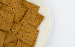 Tunna gourmet- mellanmålsmällare på en platta Royaltyfri Foto