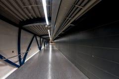 Tunnel à l'aéroport de Helsinki Photographie stock