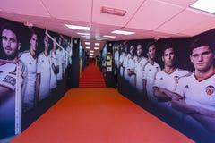 Tunnel al campo da giuoco allo stadio di Mestalla Fotografia Stock