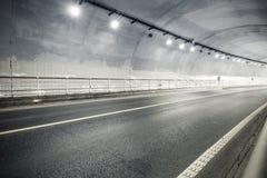 Tunnel binnenlandse achtergrond royalty-vrije stock afbeelding