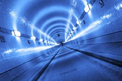 Tunnel bleu Image libre de droits
