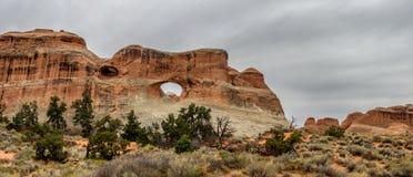 Tunnel-Bogen im Bogen-Nationaldenkmal, Utah Lizenzfreie Stockfotos