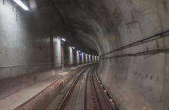 Tunnel déprimé de souterrain de Skytrain de port photos libres de droits