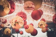 Tunnel de boule pour le jour de Noël Photos libres de droits