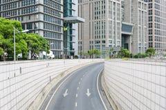 Tunnel in de moderne stad stock foto
