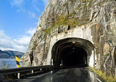Tunnel de route Image stock