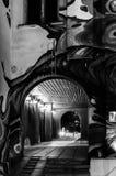 tunnel del pedone di Notte-notte immagine stock