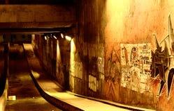 Tunnel e graffiti fotografia stock libera da diritti