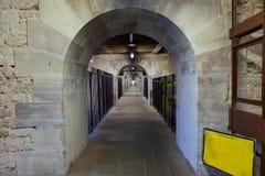 Tunnel e percorso stretto in diga Vauban a Strasburgo, Francia Fotografie Stock Libere da Diritti