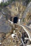 Tunnel et chevalet photo libre de droits