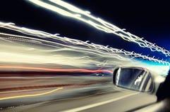 tunnel för ljusa strimmor för bil Royaltyfria Foton