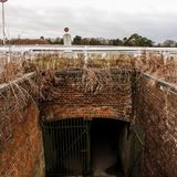 Tunnel för nedskärninghästspår arkivfoto
