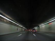 Tunnel la nuit images libres de droits