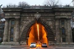 Tunnel onder de astle heuvel Ð ¡ in Boedapest royalty-vrije stock afbeelding