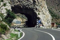 Tunnel på bergen Arkivfoto