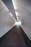 Tunnel pedonale moderno Fotografie Stock