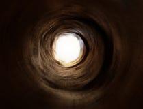 Tunnel psychédélique à la lumière Photographie stock libre de droits