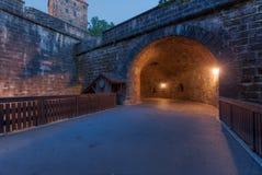 Tunnel tramite la parete Fotografia Stock
