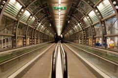Tunnel van de tredmolen. Royalty-vrije Stock Afbeeldingen