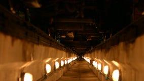 Tunnel verlichte lantaarns stock videobeelden