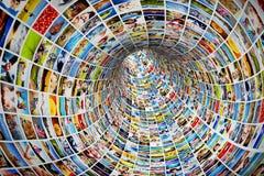 Tunnel von Medien, Bilder, Fotografien Stockfotografie