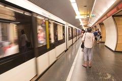 Tunnelbana Budapest för gångtunnelstation arkivbilder