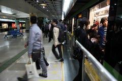 Tunnelbanastation i Shanghai Fotografering för Bildbyråer