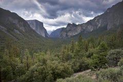 Tunnelblick mit Wolken Lizenzfreies Stockbild
