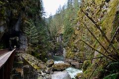 Tunnels de canyon de rivière photographie stock