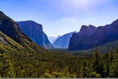 Tunnelsikt, Yosemite dal, Yosemite nationalpark, Kalifornien Royaltyfria Foton