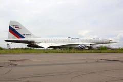 Tupolev TU-144LL RA-77114 του γραφείου σχεδίου Tupolev που στέκεται Zhukovsky κατά τη διάρκεια maks-2015 airshow Στοκ Εικόνες