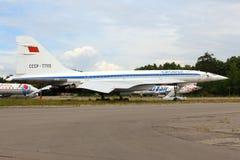 Tupolev Tu-144 RA-77115 av Tupolevdesignbyrån som står Zhukovsky under airshow MAKS-2015 Arkivfoto