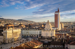 Turín (Torino), panorama del campanario de la catedral Imagen de archivo